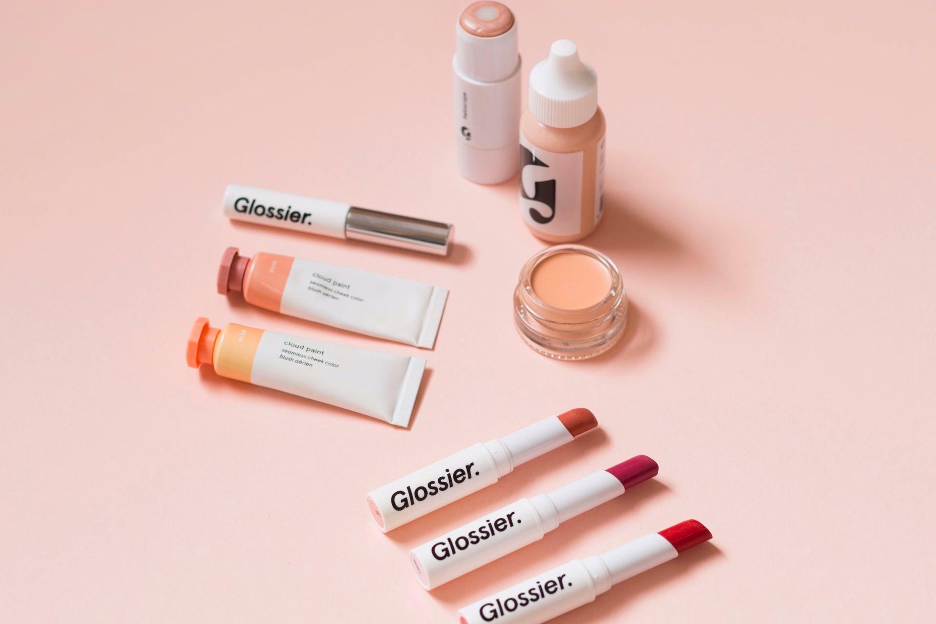 webinar-make-up-glossier